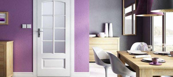 Fehér üveges beltéri ajtó